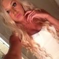 sweetcarla22 : hey guys hit me up!